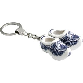 Keychain 2 shoes, delft blue mill 4